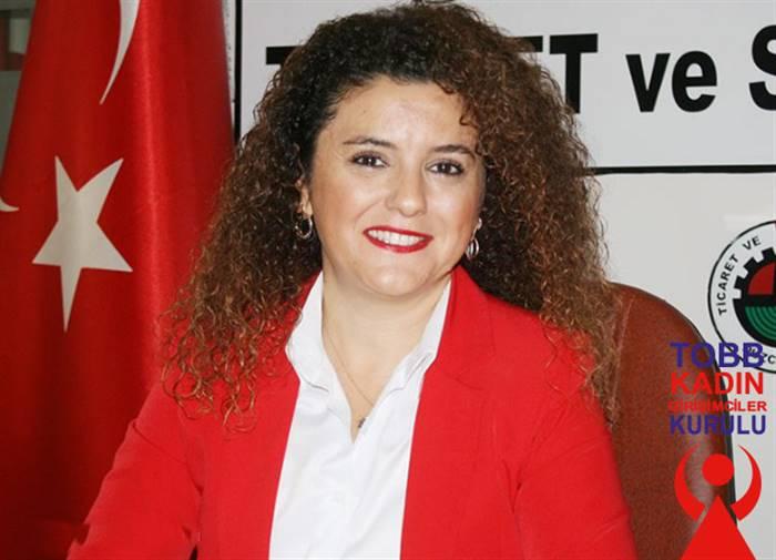 """Kadın Esnaflara Türk Bayrağı Dağıtıyoruz"""""""