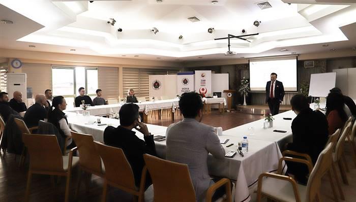 Düzce TSO'da Business Networking Eğitimi Gerçekleştirdi